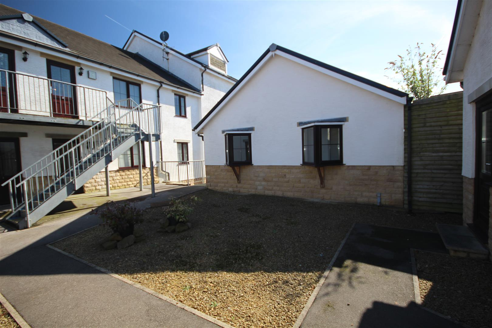 2 bedroom bungalow For Sale in Colne - IMG_9571.JPG